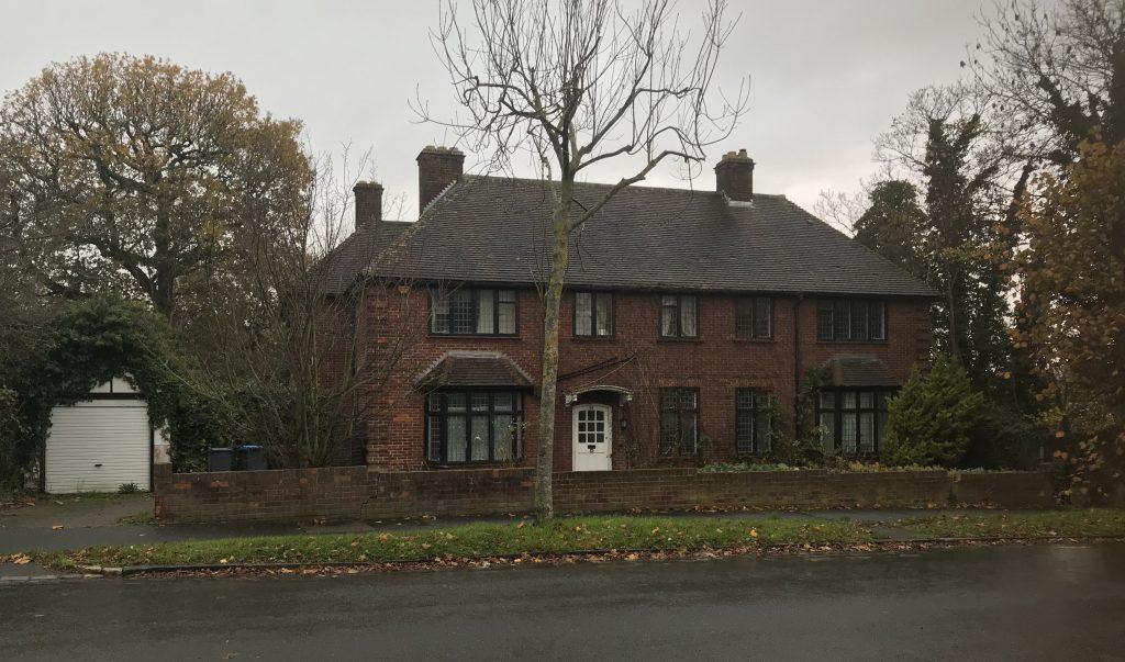Regent exchanges on site at Pollards Hill North, Croydon